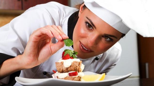 35_Restaurant_PastryChef_xxxlarge